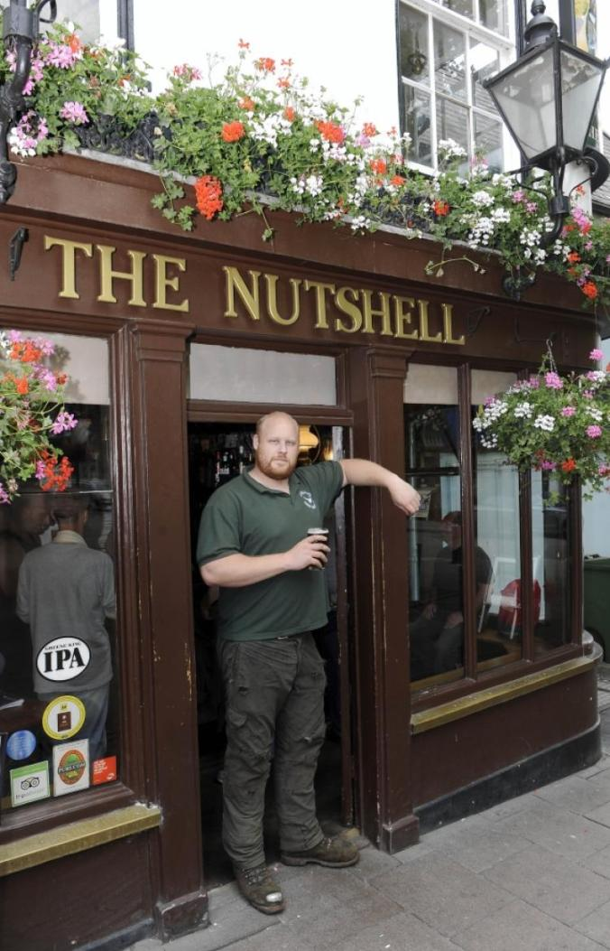 6ft-7ins-tall-man-banned-britain-smallest-pub-takes